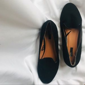 URBAN OUTFITTERS BDG Black Loafers! Women's Sz 8!